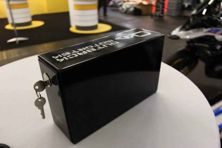 Cassetta porta attrezzi Outback Motortek per telai portaborse standard e x-frame